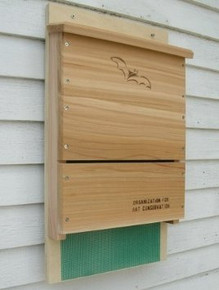 Songbird Essentials Looker Products Single Chamber Bat House, Approved by the Organization for Bat Conservation, Natural Mosquito Control (SE520)