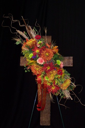 FLORAL CROSS 7