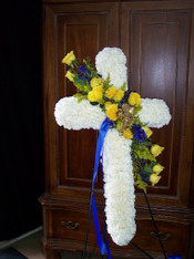 FLORAL CROSS 13