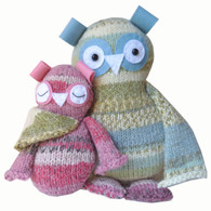 Two Hoots Knitting Kit- Big Blue Owl with Pink Baby Owl