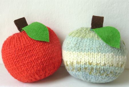 Little Apple Knit Kit