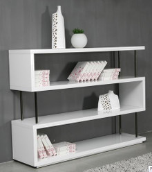Stage3 - White Wall Unit