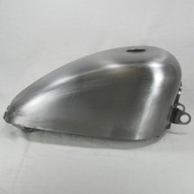 "1995 - 2003 Harley Sportster OEM Gas Tank With Screw-In Style Gas Cap Bung - Steel - 2.25 Gallon Capacity - 22mm Petcock Bung - Motorcycle Chopper ""Sporty"" Bobber Cafe Racer Fuel Cell Petrol"