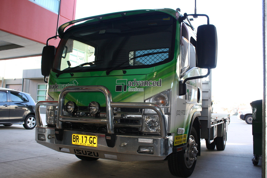 Trademaster Truck with High Quality Cast Wrap Vinyl