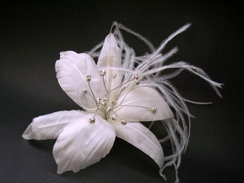 Bridal hair accessory white stargazer lily veil fascinator clip bridal wedding hair accessory white stargazer lily veil fascinator clip floreti mightylinksfo