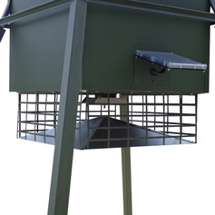 Texas Hunter Products Trophy Deer Feeder Varmint Guard