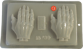 Dead Man Hands / Manos de Calavera