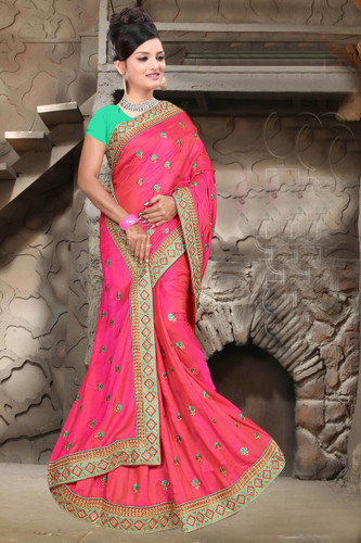 Attractive & Classy Pink Colored Two Tone Barfi Silk Saree