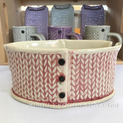 CwC Yarn Bowl Red Wash -