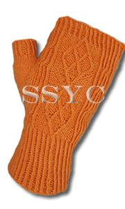 Monica Knits Argyle Mitts
