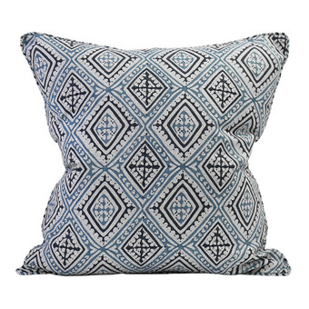 Havana China Blues linen cushion 50x50cm