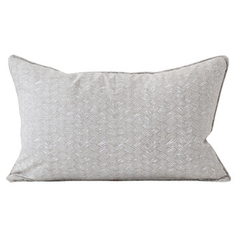 Kasari Chalk linen cushion 35x55cm