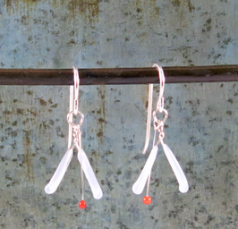 VJP Melange White/Red Earrings