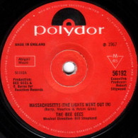 BEE GEES  -   Massachusetts (The light went out in)/ Barker of the U.F.O. (7240/7s)