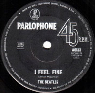 BEATLES  -   I feel fine/ She's a woman (G7941/7s)