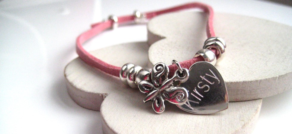 Personalise your jewellery and send a uniue gift to a special person