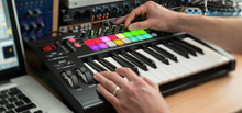 Novation Launch Pad Key 25 Keyboard Controller