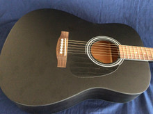 LAUREN GUITAR 126 BLACK DREADNOUGHT