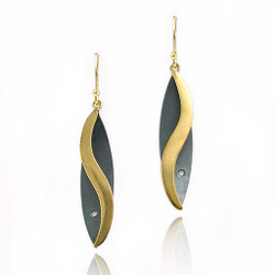 Moire leaf Earrings, Modern Jewelry by Keiko Mita