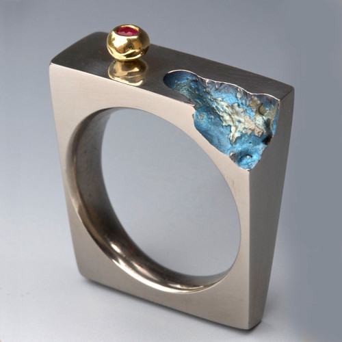 Fetching Ring, Unique Art Jewelry by Stefan Alexandres