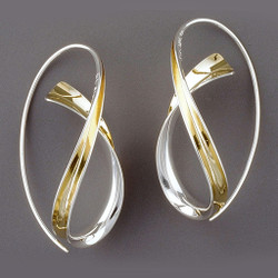 Crossing Earrings, Contemporary Jewelry by Nancy Linkin