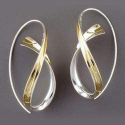 Crossing Earrings, Contemporary Jewelry by Nancy Linkin