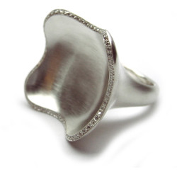 Contemporary Jewelry, Tulip Ring by Americo Izzo