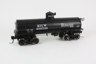 O Scale Milwaukee Tank Car #907795