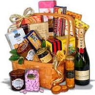 Moet & Chandon Gift Basket