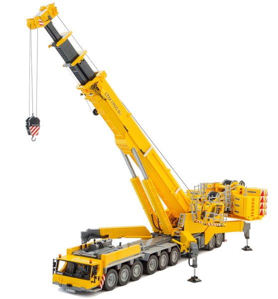 Incredible Remote Controlled LEGO Model Liebherr LTM 1750-9.1 Mobile Crane