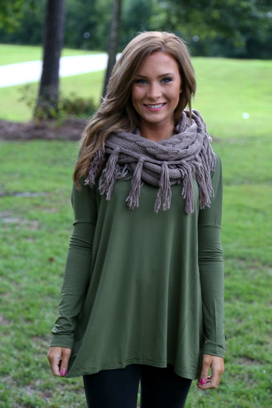 olive piko top