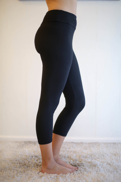 Black Butter Soft Cropped Leggings with Yoga Band side view.