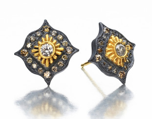 Suneera Esme Yellow Gold Stud Earrings