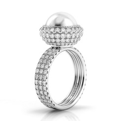 Danhov Trenta Limited Edition Pearl and Diamond Ring