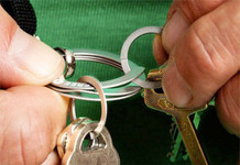 Exotac FREEKEY System - Press-To-Open Keyring