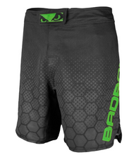 Bad Boy Legacy 3.0 Shorts - Black/Green