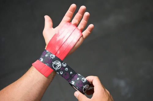 "The Natural Grip Combo ""Grip+ Goat Tape Roll"" Red  - www.BattleBoxUk.com"