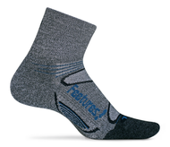 Features Elite Merino+ Cushion Quarter Socks Grey style em2005462 crossfit skiing