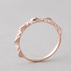 CZ Elegant Single Ribbon Ring Rose Gold