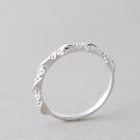 CZ Elegant Single Ribbon Ring White Gold kellinsilver