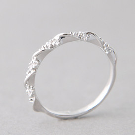 CZ Elegant Single Ribbon Ring White Gold from kellinsilver.com