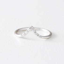 CZ White Gold V Midi Ring from kellinsilver.com