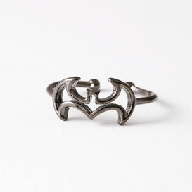 Black Bat Ring Wrap from kellinsilver.com