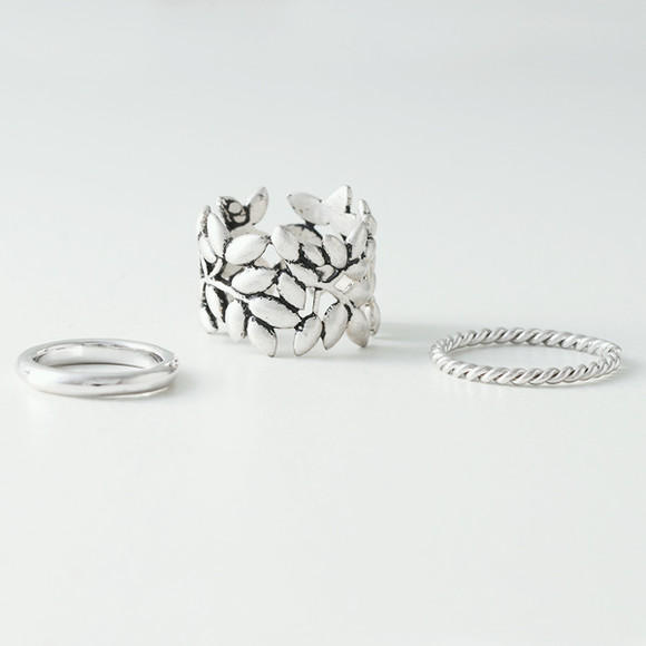 Oxidized Olive Leaf Ring Set of 3 from kellinsilver.com