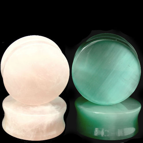 STONE EAR PLUGS COMBO ROSE QUARTZ AND GREEN CATS EYE