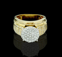 10K Gold 1.00CT Diamonds Ladies Engagement Ring.