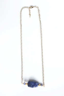Shelby bar necklace