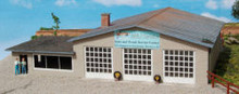 HO-SCALE M&J SERVICE STATION