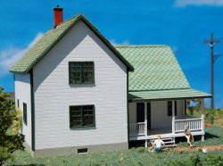 HO-SCALE FARM HOUSE
