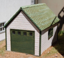 Ho scale 1 car garage gclaser for One car garage kits sale